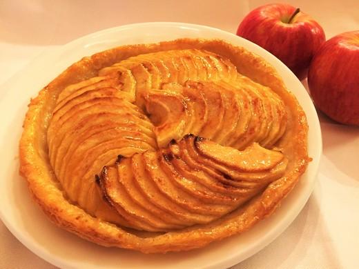 紅玉りんごのフレッシュアップルパイ Mサイズ