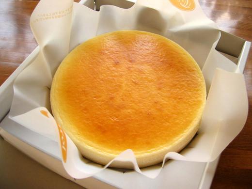 ふわっと超濃厚クリームチーズケーキ