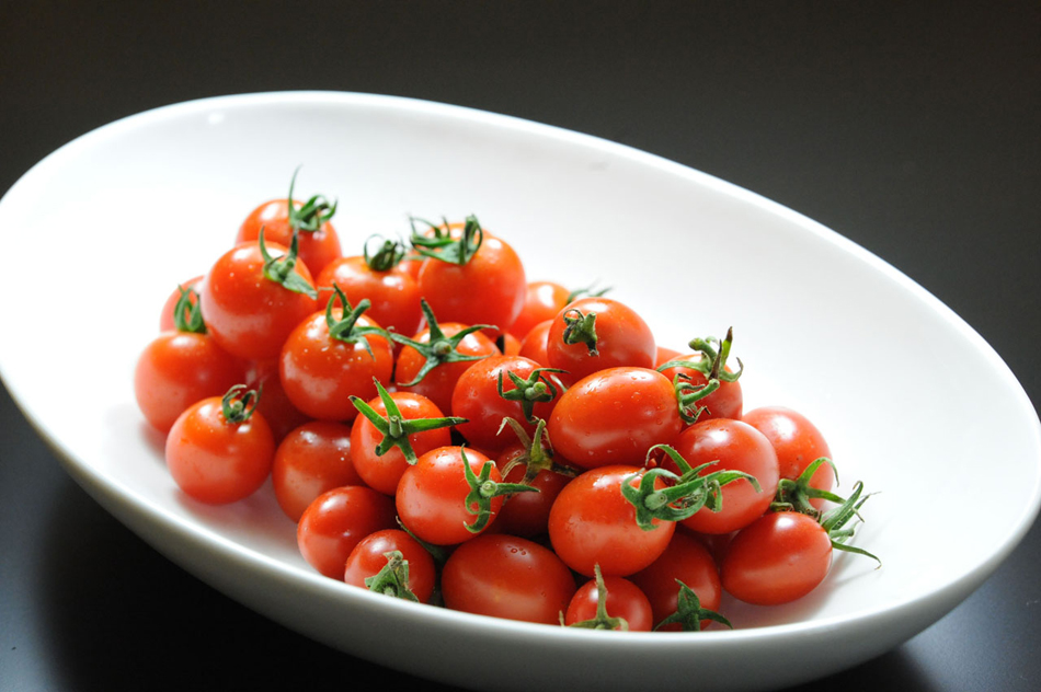 まるトマハンバーグ トマト