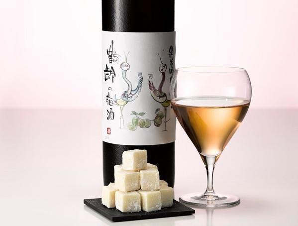 小町通りの石畳 鶴齢の梅酒
