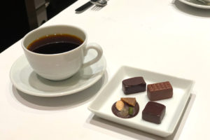 ボンボンショコラとコーヒーのマリアージュ