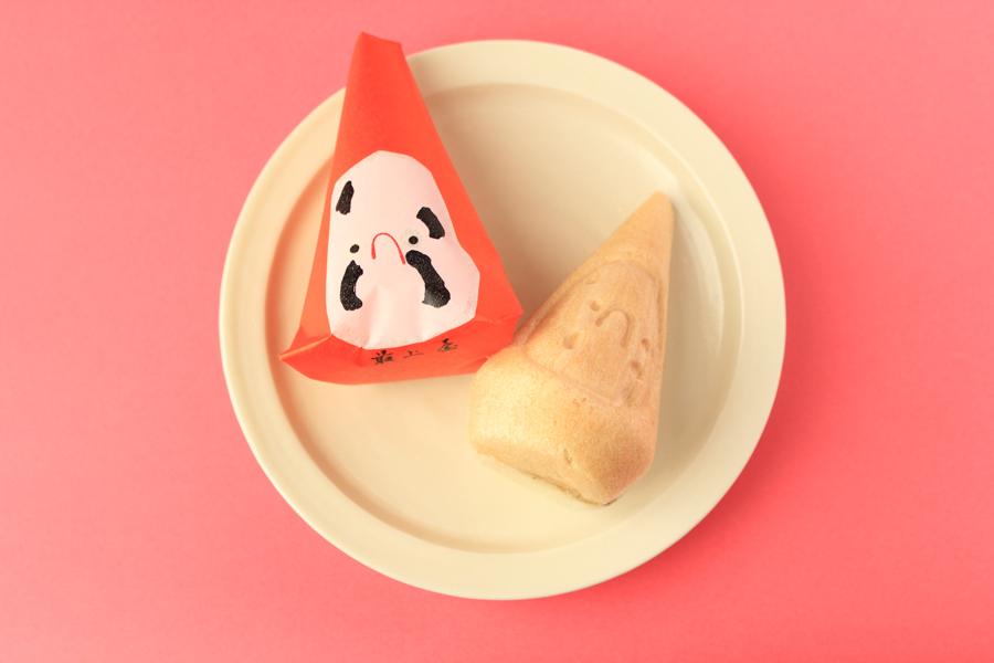 民芸菓子 三角だるま 赤