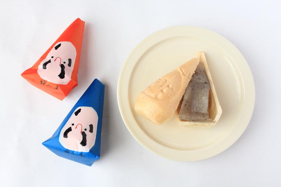 民芸菓子 三角だるま カット