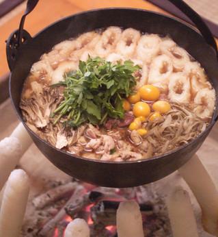 創業100年!老舗料亭の「きりたんぽ」鍋をおうちで味わえる幸せ | おいしいマルシェ powered by おとりよせネット