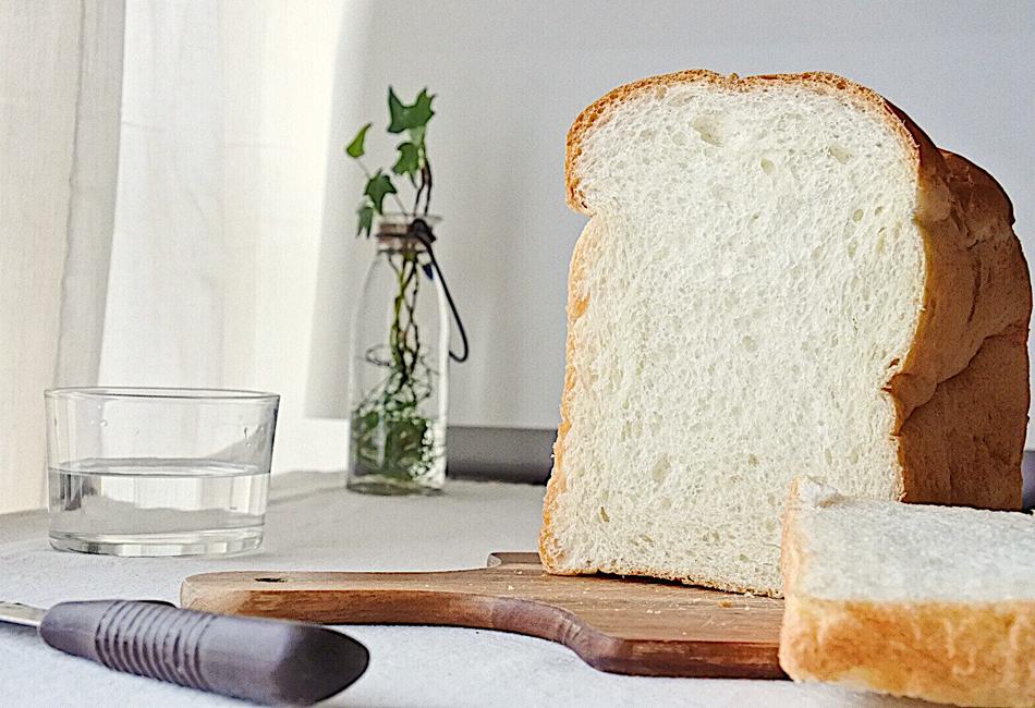 イギリス山型食パン 断面
