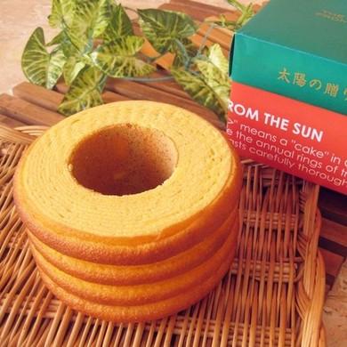 こだわり卵のバウムクーヘン【太陽の贈りもの 角型箱】