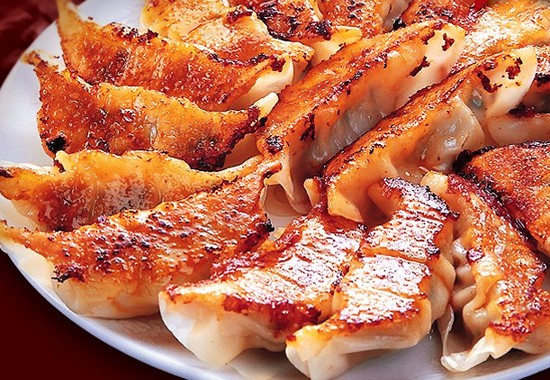 黒豚生餃子 15個