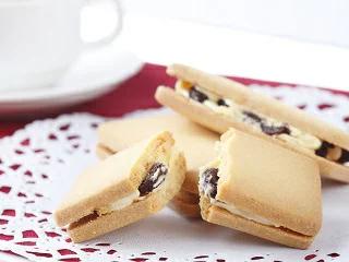 レーズンバターサンドクッキー 10個入