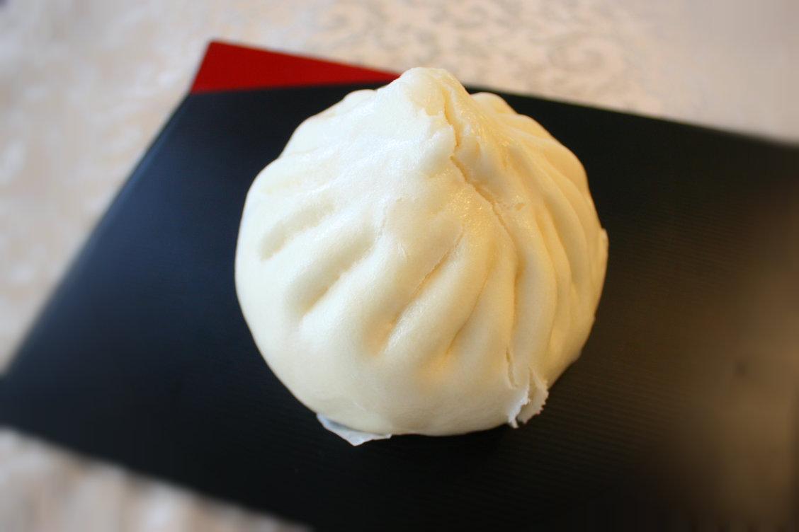 元祖 五十番 神楽坂本店の元祖 肉まんの写真