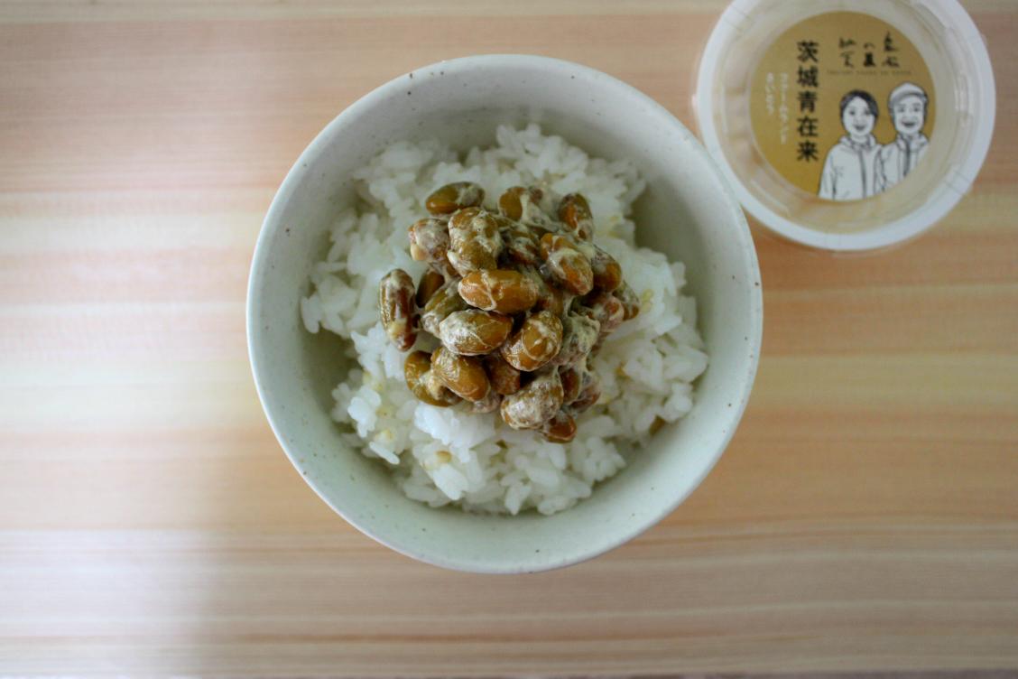 菊水食品 日立納豆の「いばらき農家の納豆」の盛り付けた様子