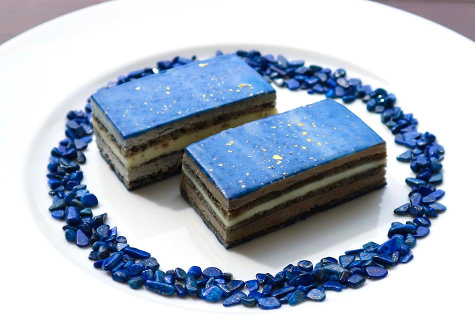 ラピスラズリのオペラ(ケーキ) 実物
