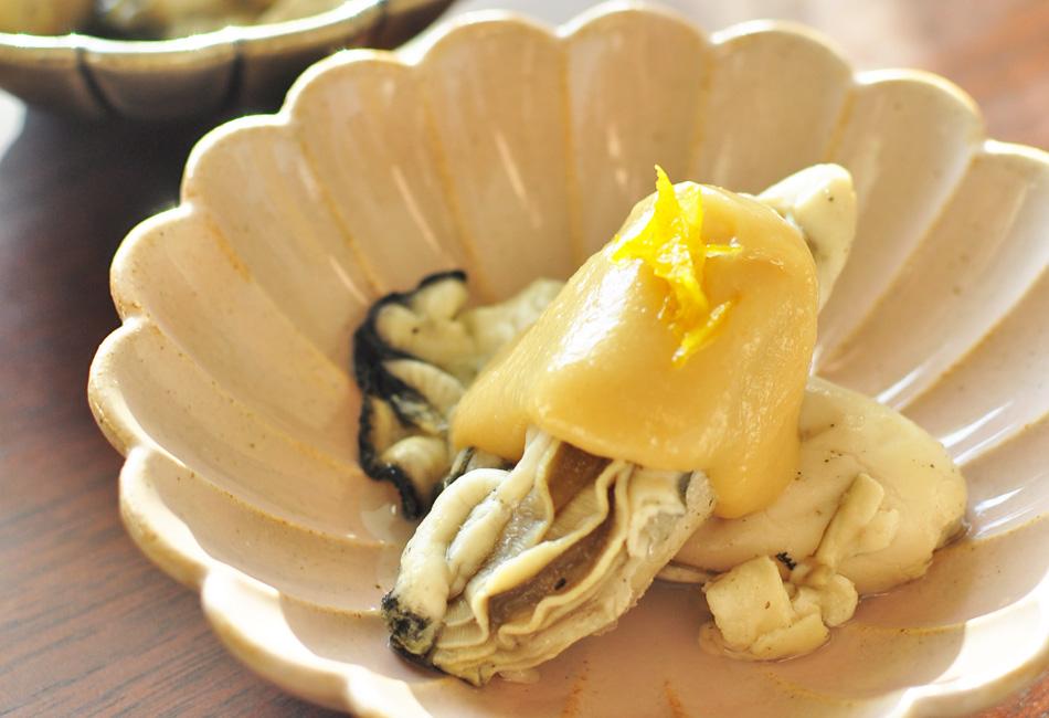 蒸し牡蠣 珠せいろ 播磨灘産 500g 牡蠣の酢味噌がけ アップ