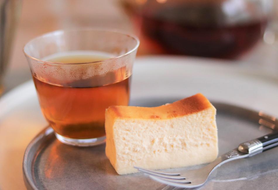 クリームチーズケーキ Cheesecake HOLIC 紅茶と合わせて