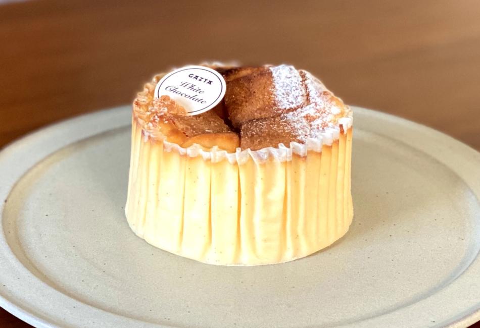 ホワイトチョコレートバスクチーズケーキ ガスタ