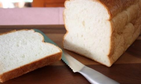 泉北堂 「極(きわみ)」食パンの断面図の様子