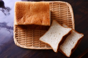 ESPRIT食パン 株式会社小麦家×Bakery&Cafe ESPRIT(エスプリ)  カットしたところ