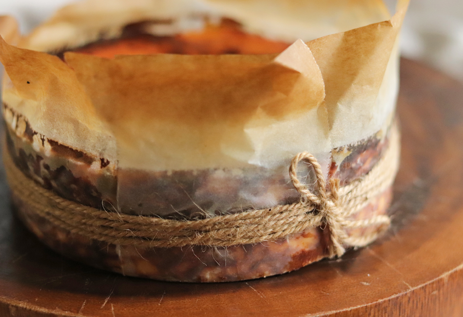 たえこのバスクチーズケーキ!! Sincere 型くずれしないように