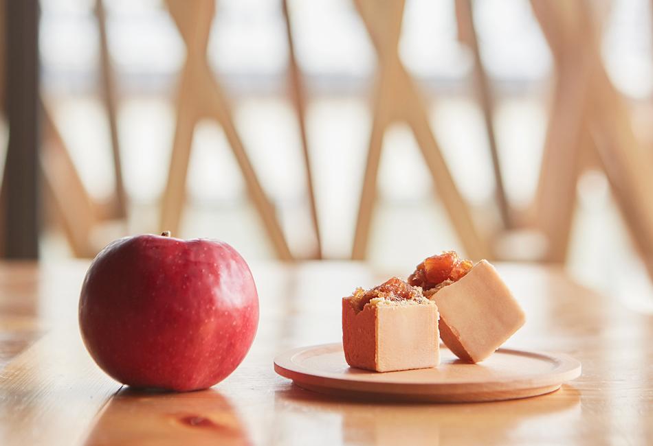 ケーキセット(パイナップル5個+りんご5個)包装紙付き 微熱山丘 SunnyHills りんごケーキ