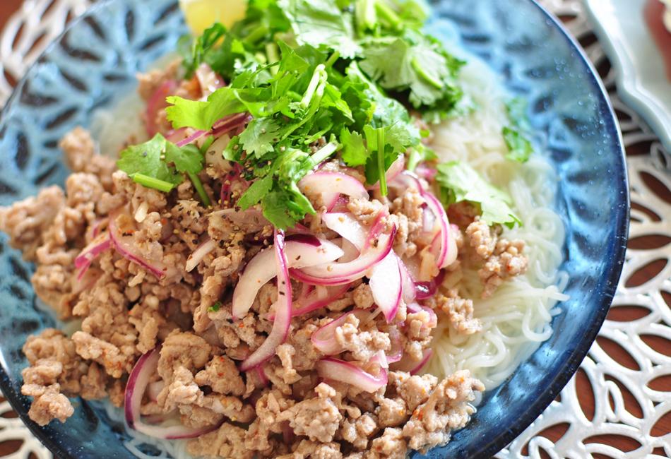 こんにゃく香肌麺 上野屋 ラープ風サラダこんにゃく麺