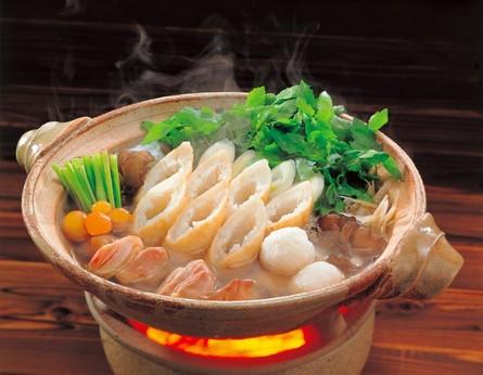 """【秋田県】自家製比内地鶏スープの""""手づくり""""きりたんぽ鍋"""