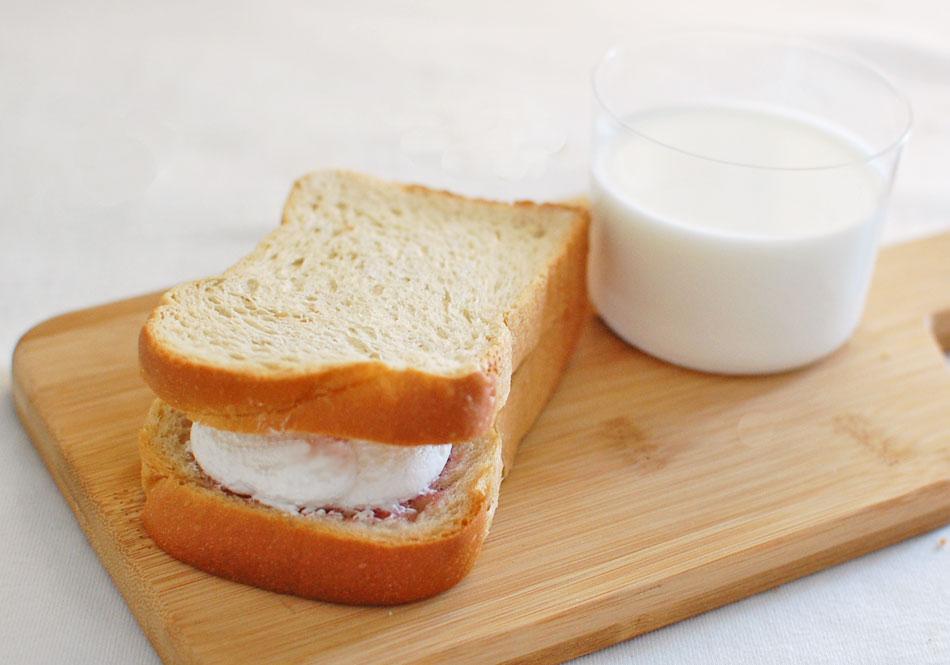 1,000万個以上売れた!パン工房カワ「生クリームサンド」の人気の秘密の画像