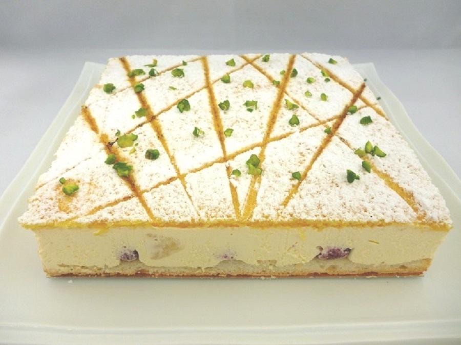ケーキ【スリー】 18cm